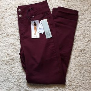 Tinseltown Size 11 Red Skinny Pants NWT